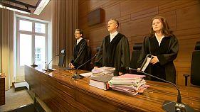 """10 Jahre für """"den Schlimmsten"""": Erstes Urteil im Missbrauchsprozess in Freiburg"""