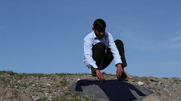 ویدیویی از افغانهای مهاجر؛ با پای پیاده از ترکیه تا اروپا
