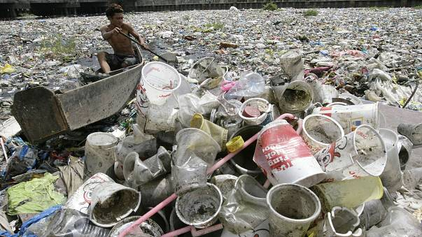 Recycling plastic pollution problem
