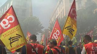 Frankreich: Protest gegen Regierung weitet sich aus