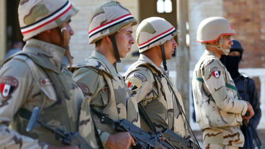 صورة أرشيفية لجنود مصريين