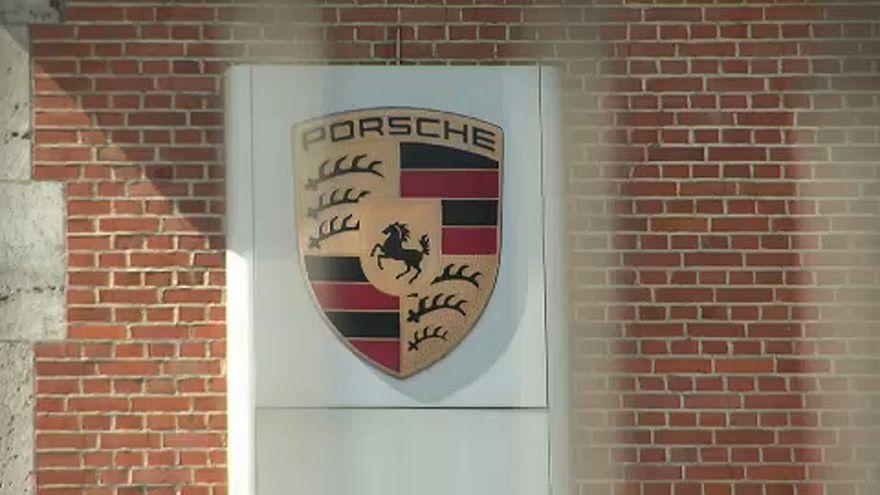 Őrizetbe vétel a Porschénál