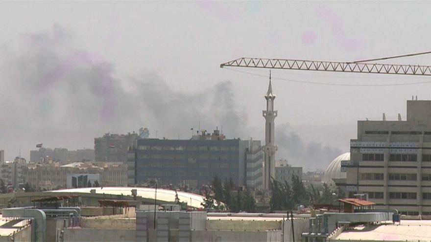 """قيادي فلسطيني: """"داعش"""" يوافق على الانسحاب من مخيم اليرموك وإجلاء المسلحين يبدأ غداً"""