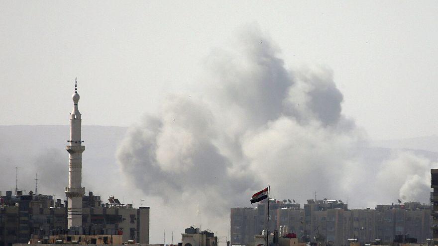 مقاتلو المعارضة يخرجون من جيب القلمون شمال شرقي دمشق