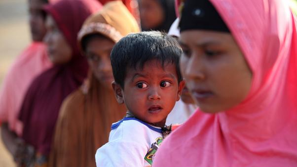 Rohingyalı Müslümanlar Endonezya'ya sığınıyor