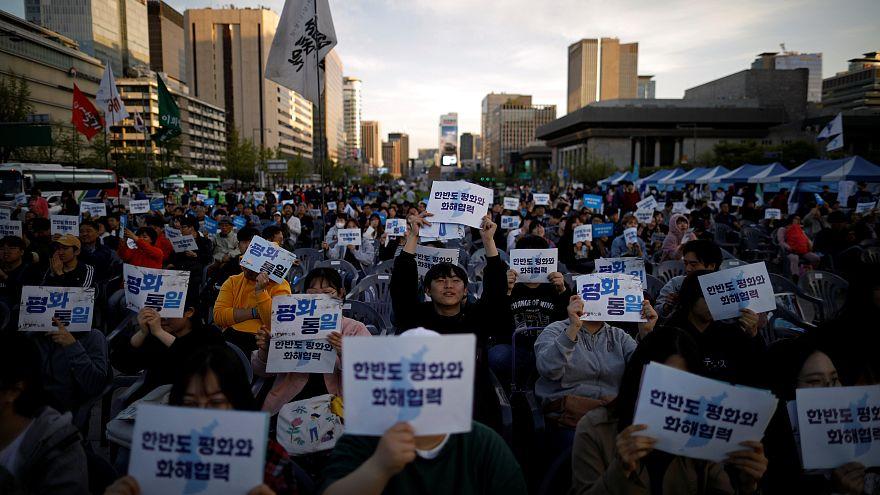 Ν. Κορέα: Καχυποψία πολιτών για τις προθέσεις του Κιμ Γιονγκ Ουν