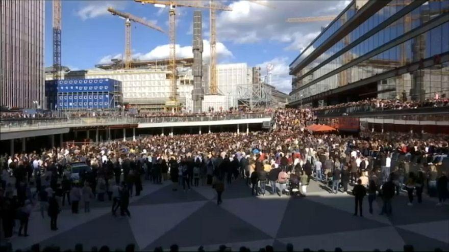 Memorial-dance per Avicii a Stoccolma
