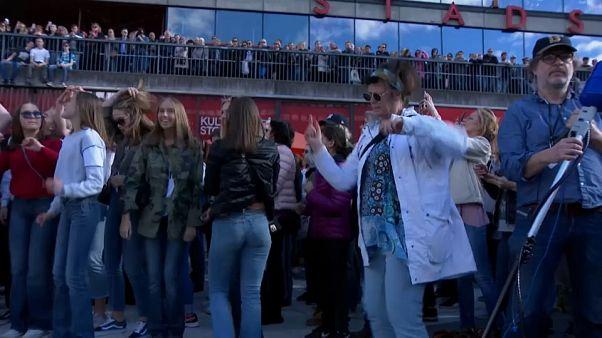 Estocolmo rinde homenaje al DJ Avicii