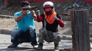 Violences au Nicaragua : le président promet le dialogue