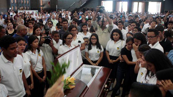 Nikaragua'da 15 yaşındaki bir gösterici öldü