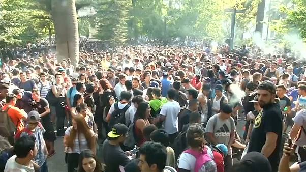 Mexicans light up at marijuana festival while thousands smoke up in Santiag