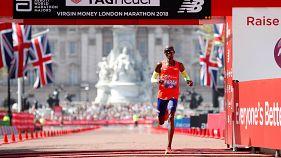 Londra Maratonu'nda Mo Farah İngiliz rekorunu kırdı