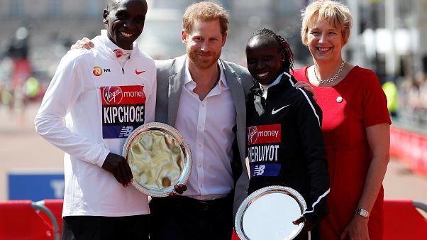 Doblete de Kenia en la Marathon de Londres