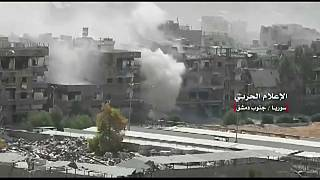 Siria, nuovi raid a sud di Damasco, situazione disperata a Yarmouk