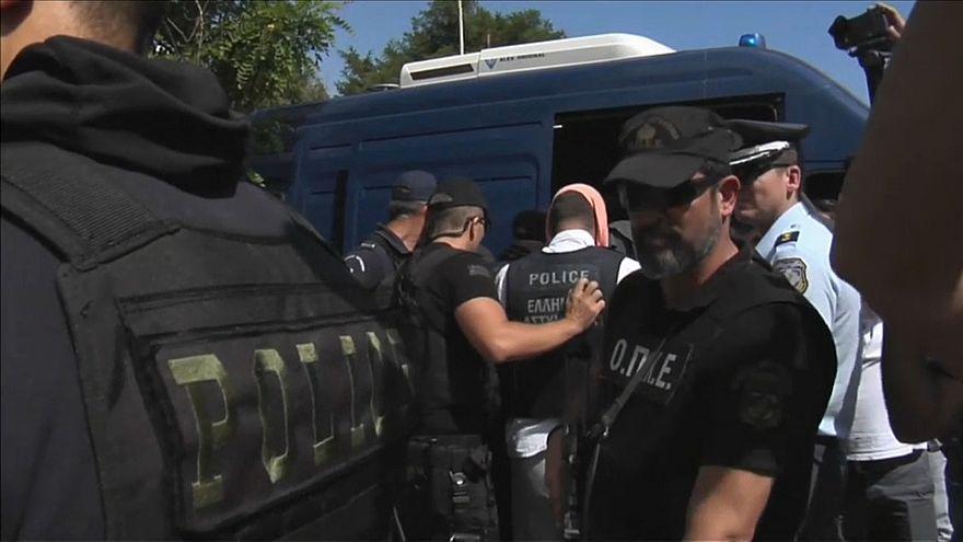 اليونان ترفض اقتراح إردوغان بإجراء عملية تبادل جنود
