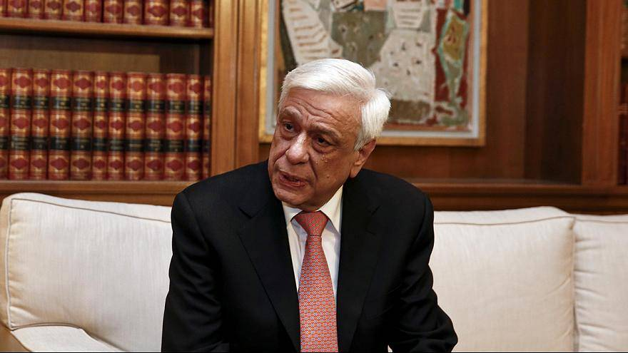 Pavlópulos no acepta la propuesta de Erdogan