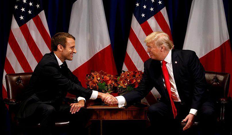 Trump riceve Macron: