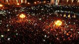 Ermenistan'da halk meydanları terk etmiyor