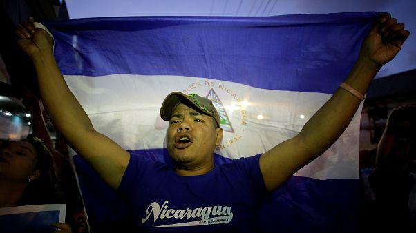 Nikaragua Başkanı geri adım attı