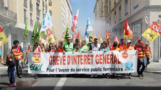 French railway bosses claim strike is waning