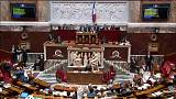 Francia, sì dell'Assemblea nazionale: cosa prevede il disegno di legge su asilo e immigrazione