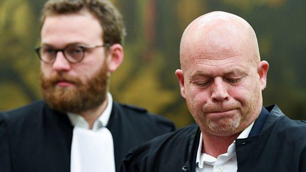 Vinte anos de prisão para principal suspeito dos ataques de Paris