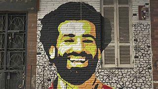 شاهد: المصريون يحتفلون بفوز محمد صلاح بطريقتهم الخاصة