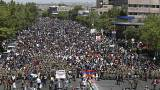Sarkisian demite-se na sequência de protestos