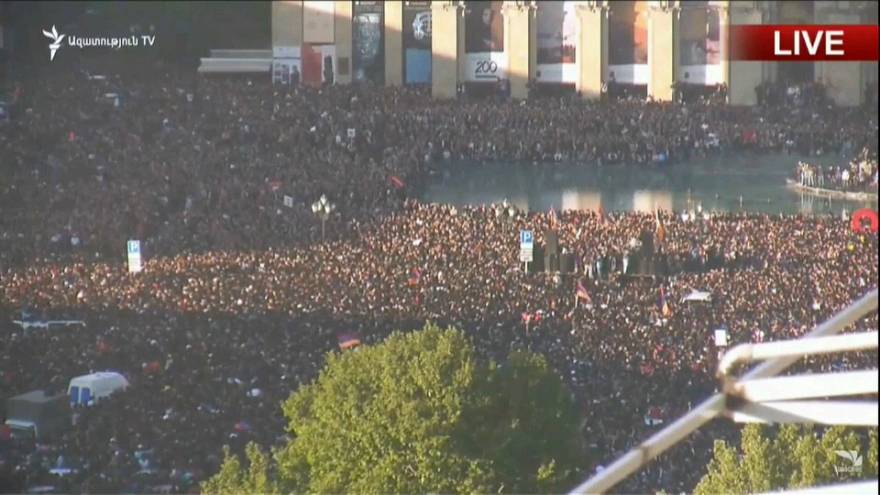 Thousands of Armenians descend onto the streets of Yerevan