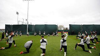Η ομάδα της Λίβερπουλ προπονείται στο Άνφιλντ ενόψει του αγώνα με τη Ρόμα