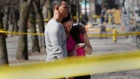 Hablan los testigos del ataque en Toronto: 'atropelló a una persona tras otra'