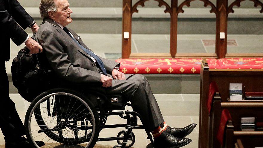 George Bush père hospitalisé