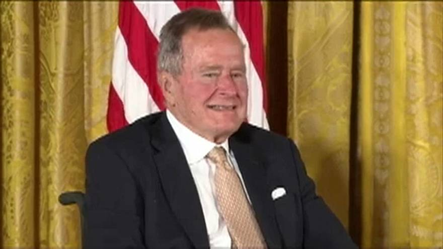 George Bush kórházban