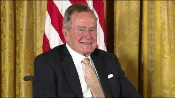 George Bush Senior ricoverato in condizioni critiche dopo i funerali della moglie