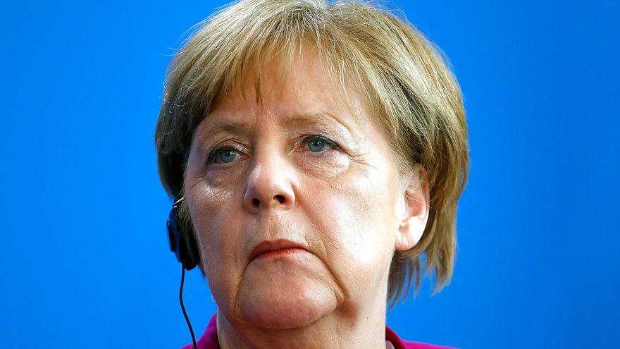 Merkel: Almanya'da şu an başka türlü bir anti-semitizm var