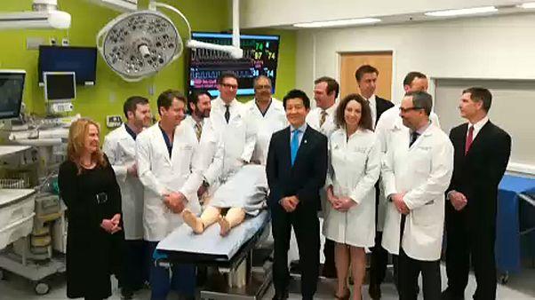 Επιτυχής μεταμόσχευση πέους και όσχεου στις ΗΠΑ