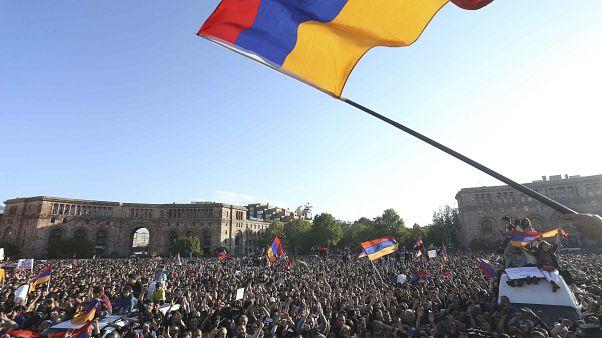 Arménie : vers des élections anticipées?