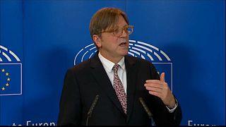 Brexit: Verhofstadt will einfachen Antrag auf Beiberecht