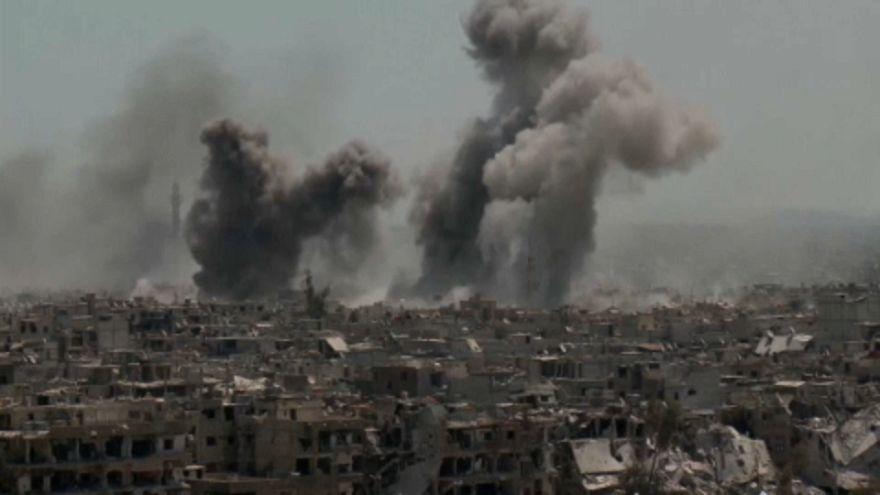Lakónegyedben bombázzák az Iszlám Állam alagútjait