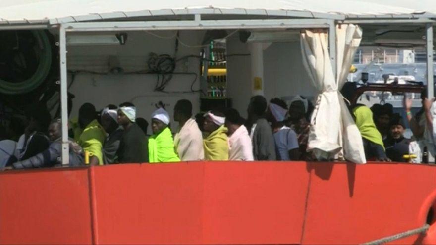 """Italia, Cassazione conferma sequestro nave salvataggio migranti """"Iuventa"""""""