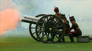 شلیک توپها در لندن به سلامتی شاهزاده نوقدم