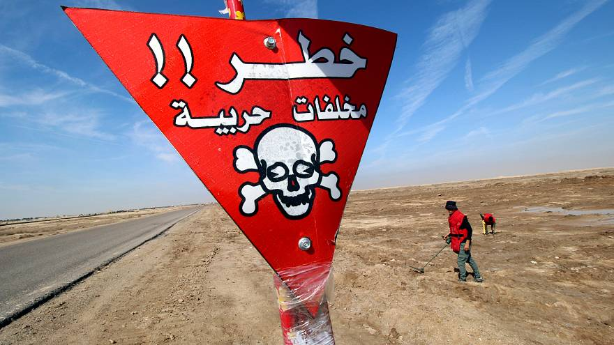 حقول الألغام بالعراق.. حرب قديمة تترك وراءها إرثا خطيرا