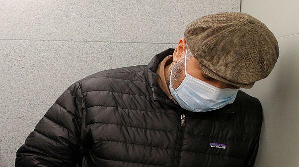 الشرطة النمساوية لا تميز بين القناع الطبي والنقاب
