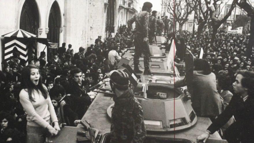 Portugal : il y a 44 ans, la révolution des oeillets