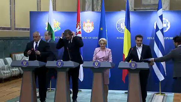 Feltételekkel támogatják az uniós csatlakozást