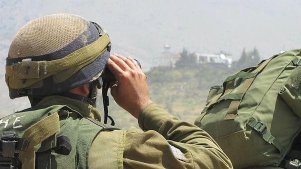 یک سرباز اسرائیلی در مرز با سوریه