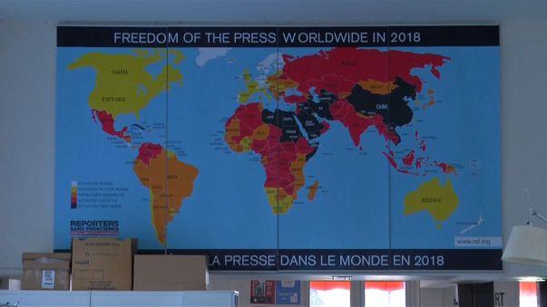 """Reporteros sin Fronteras alerta contra el """"odio al periodismo"""""""
