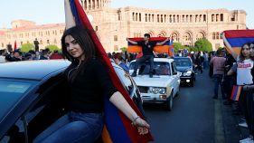 Переговоры прекратились, протесты возобновились