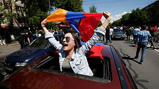 A força da oposição ainda nas ruas de Erevan