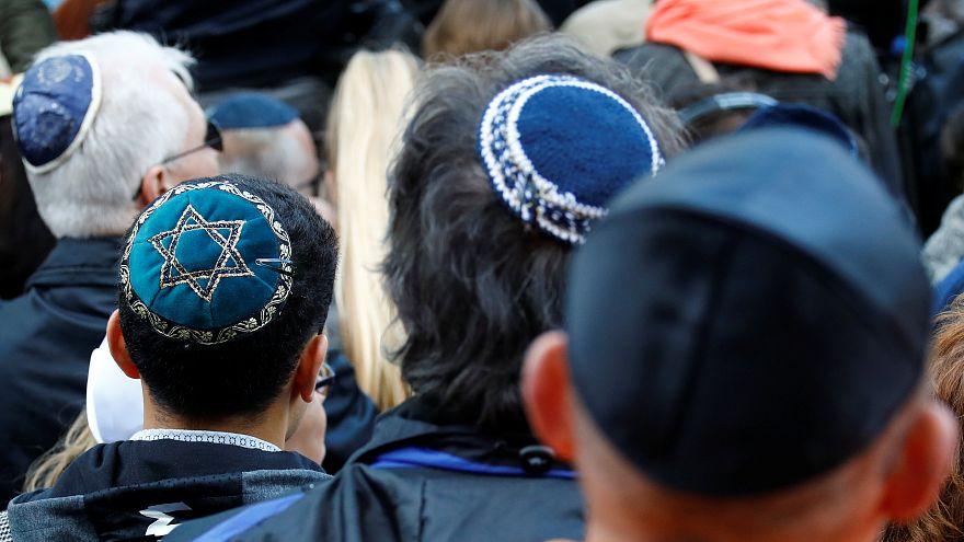 """""""Es reicht"""" - Tausende setzen Zeichen gegen Antisemitismus und Aggressivität"""